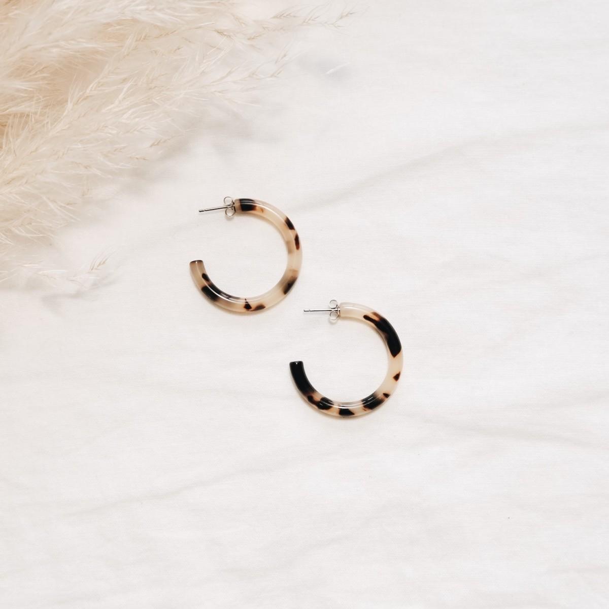 EVE+ ADIS // ACETAT HOOPS SMALL amber