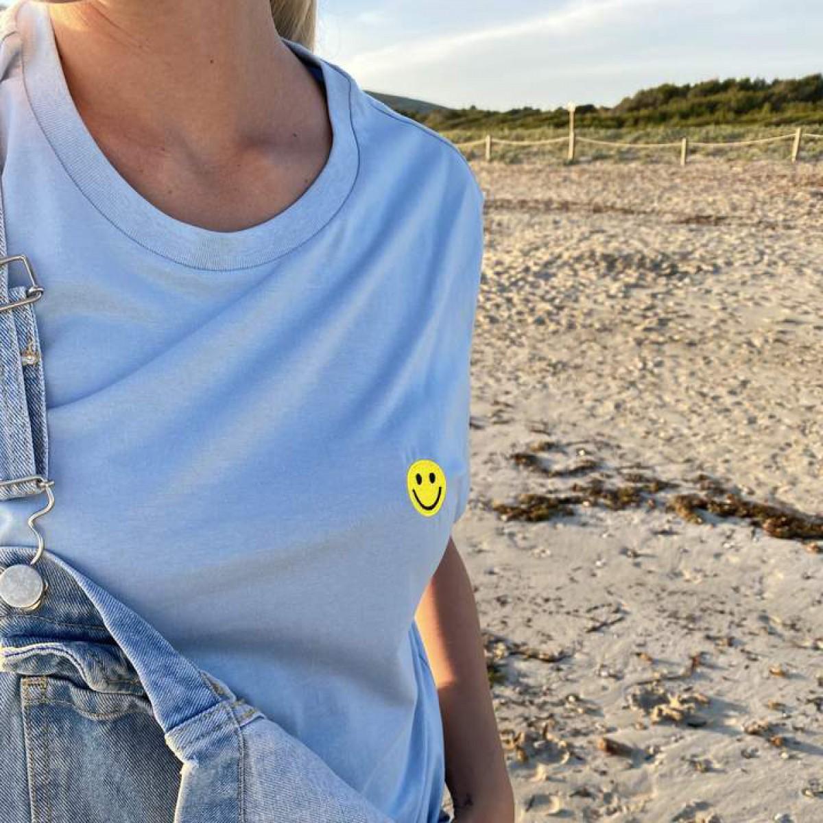 The Life Barn – Smiley T-Shirt Unisex (hellblau)