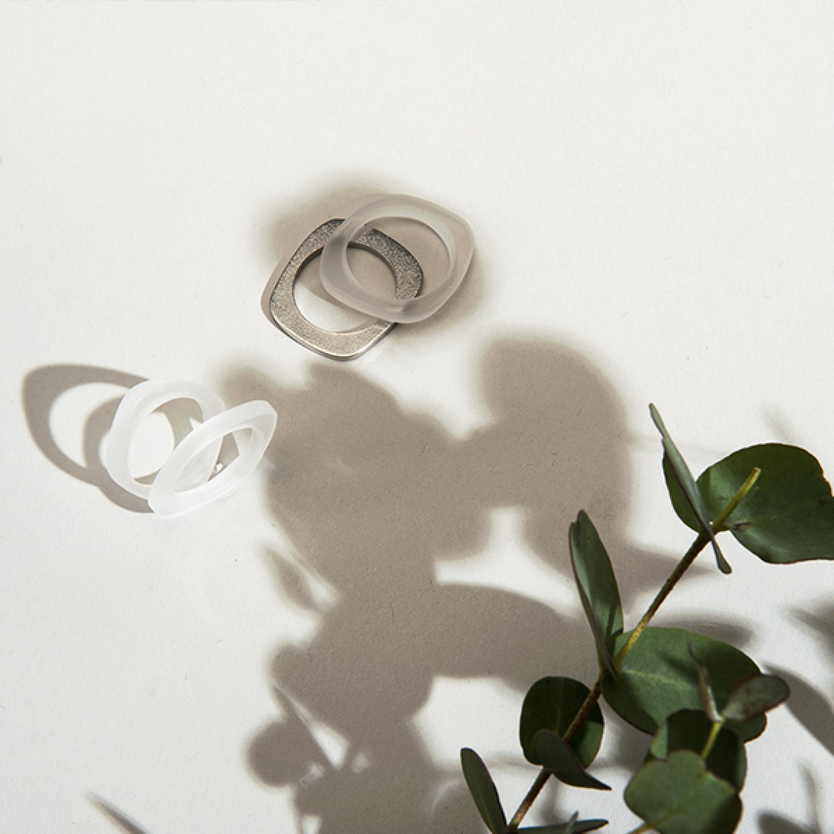 "Superstone Ring ""Fred"", Edelstahl – studio.drei"