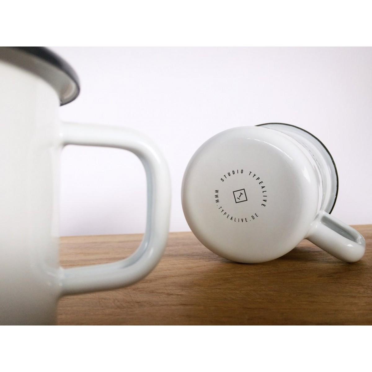 typealive / Emaillebecher Tasse / Der Klügere