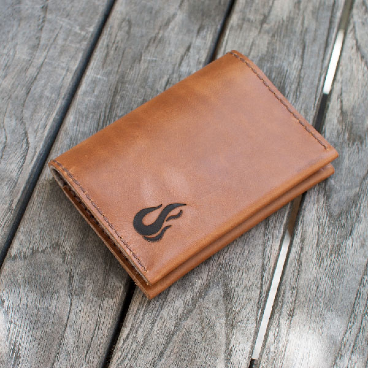 Leather Wallet - Geldbörse aus cognacfarbenem Leder - Portemonnaie - Burning Love