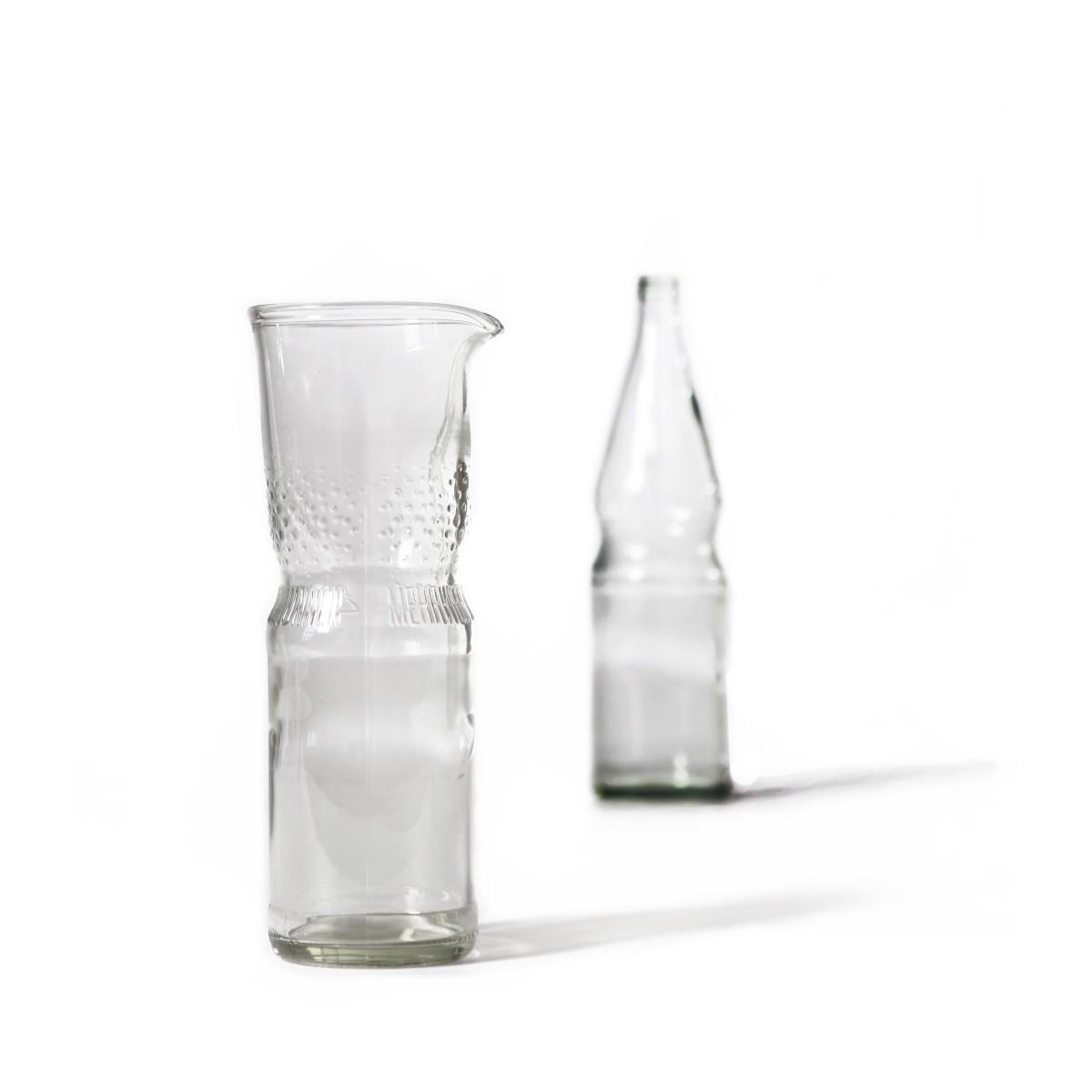 SAMESAME No.02 Karaffe aus Brunnenflasche