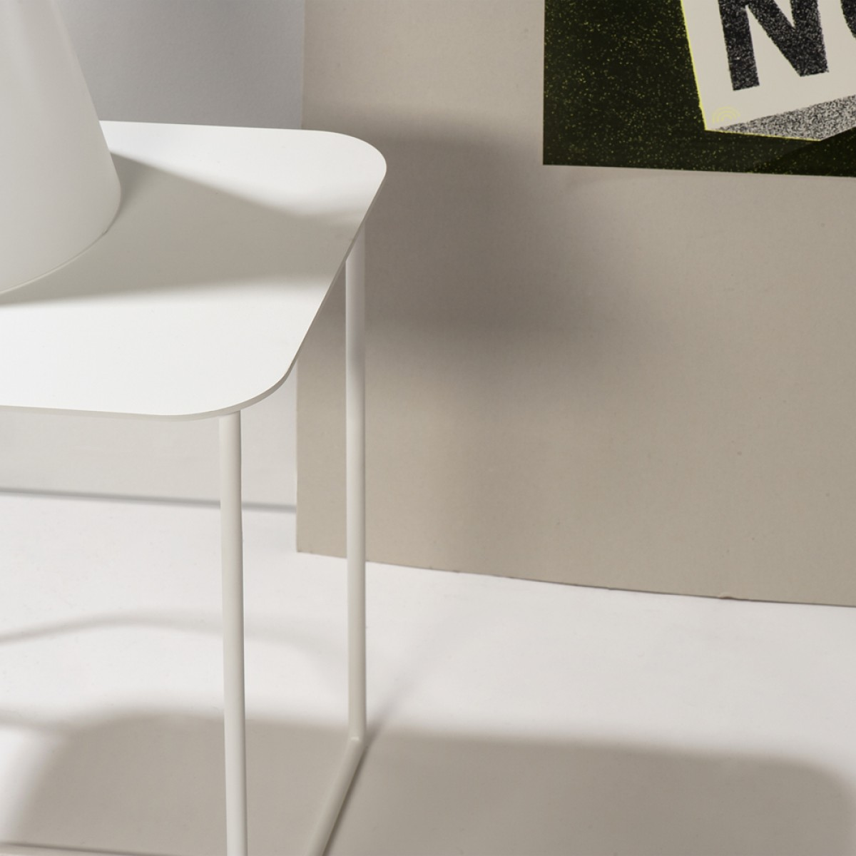 Beistelltisch Solid 02 weiß