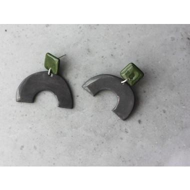 Skelini - olivgrün und grau - Geometrische Porzellanohrringe