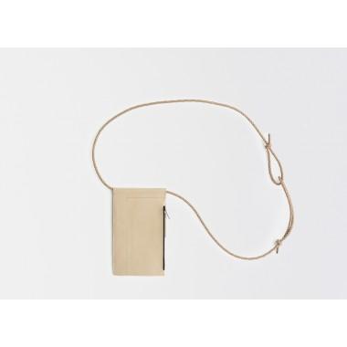 Leder Handytasche zum umhängen / Brustbeutel, natur