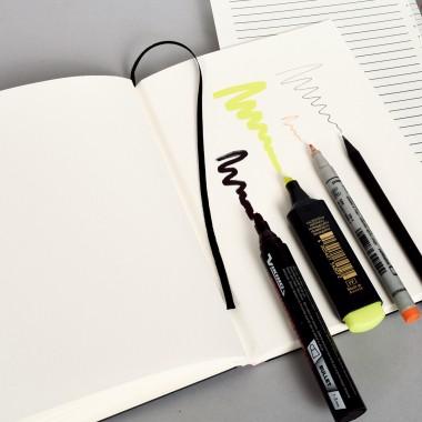 tyyp Notizbuch L (Karton)