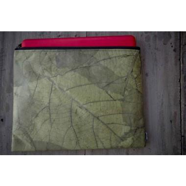 zahlreich in der Vielfalt detaillierter Blick sehr schön Laptop Hülle aus Blättern, wasserabweisende Notebook Tasche, MacBook Case  in grün, 13 - 14 Zoll BY COPALA