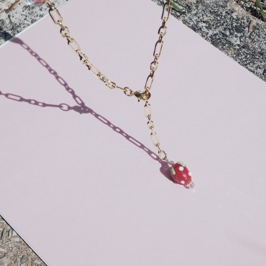 Valerie Chic - HAPPY STRAWBERRY Perlen Kette - 1 Kette 2 Stile