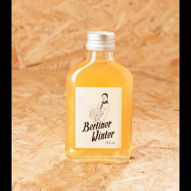 Berliner Winter - Die Alternative zu Glühwein. Alkoholische Heißgetränk mit Apfelsaft, Wodka und Gewürzen. 0,1l 3er-Set