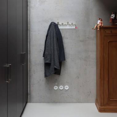 OBE Garderobe in Weiss