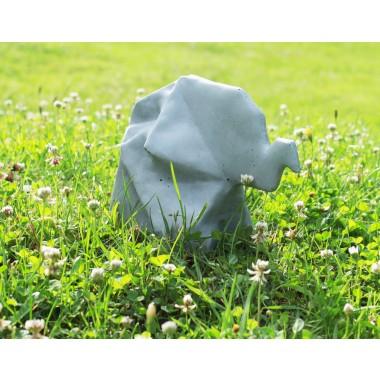 Origami Elefant aus Beton
