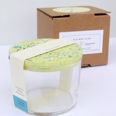 VLO design / Terrazzo Kleines Glas mit gelbem Deckel