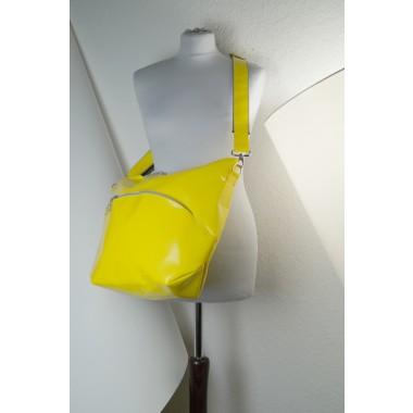 gelbe mittlere Tasche
