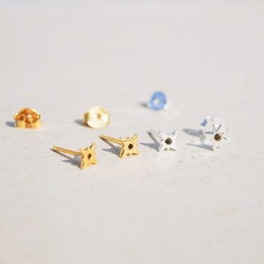 iloveblossom Starburst Smoky Earrings