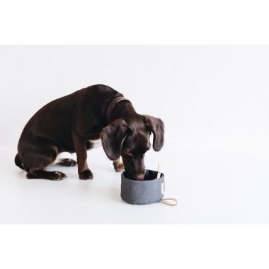 """Faltbarer Hundenapf aus gewachstem Canvas """"MELO"""", mit Liebe kreiert in unserem Familienstudio in Berlin"""