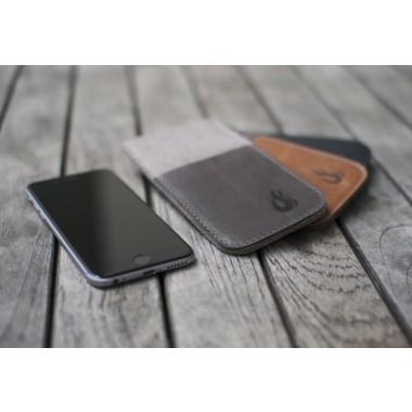 Hülle für iPhone X mit Visitenkartenfach - charcoal/black (Filz und Leder) - Burning Love