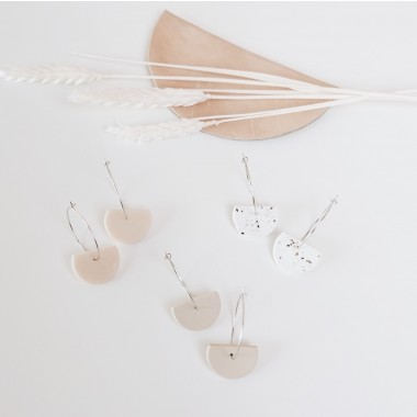 EVE + ADIS // SEMI CIRCLE EARRINGS pebble grey