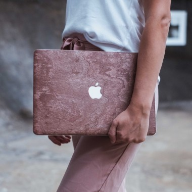 "Woodcessories - EcoSkin Stone - Design Apple Macbook Cover, Skin, Schutz für das Macbook aus hochwertigem Stein (Macbook 12""  (2015 - Current), Volcano Schwarz, Camo Grau, Antik Weiß, Canyon Rot)"