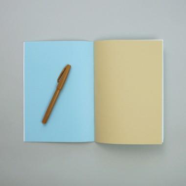 (Schul-)Heft inside/out . Modell: 3. Klasse Linien  . mit bunten Seiten