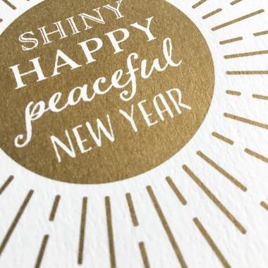 Feingeladen // KARAOKE INSPIRED // Shiny happy peaceful New Year (GD) // RISO-Klappkarte, A6