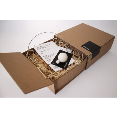Moderner Schmuck, minimalistiche Halskette URANO aus der Kollektion von Porzellan Schmuck SATELLITE by ORTOGONALE