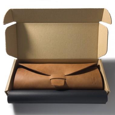 LIEBHARDT - Brillenetui groß - pflanzlich gegerbtes Leder - hochwertiger Schutz - massive Handnaht (braun)