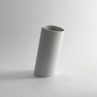 Moderne Vase für Blumen \ Porzellan