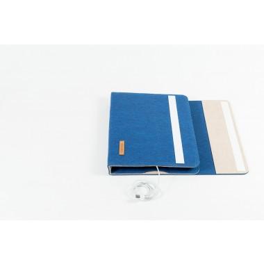 RÅVARE Tablet Organizer für große Tablets ≤12.9″ mit vielen Stecklaschen, iPad, Microsoft Surface, Samsung in blau-beige [KOCO L]