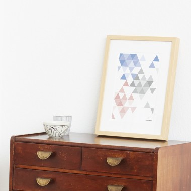 "Frau Schnobel Grafik Druck ""martinesk"" 21 x 30 cm hellblau – grau – rose quartz"