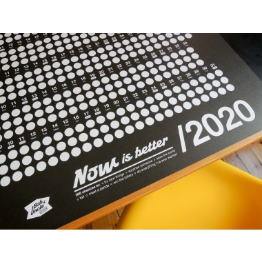 Bob And Uncle Design – Wandkalender – Now Is Better 2020 – Schwarz – 680 x 1000 mm