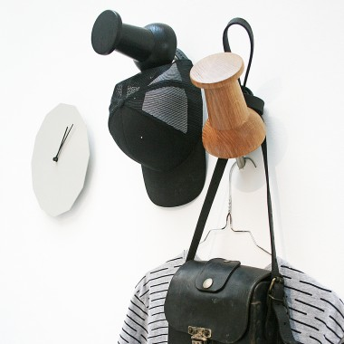 XXL wooden push pin // Garderobe // Wandhaken // Eiche schwarz