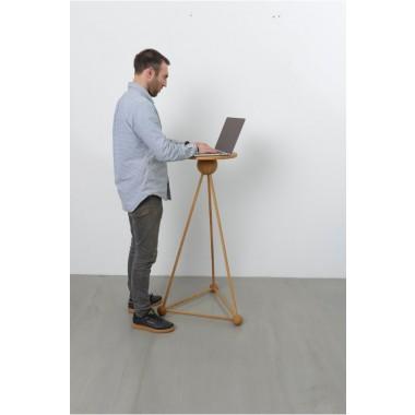 TB.MCLE - Laptop/ Skulptur Tisch