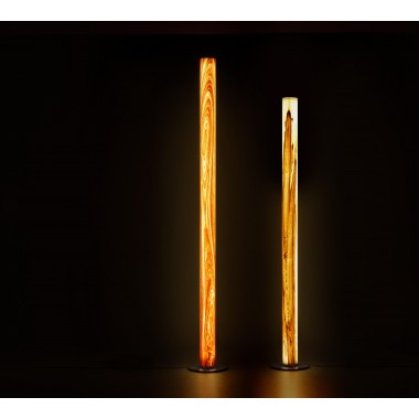 Stehleuchte TRUNK aus Echtholzfurnier 'Satin Nussbaum - geflammt' (175cm u. 205cm)