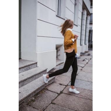 MARILA Handtasche Quadratisch Schwarz Natur Kork vegan