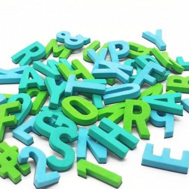 Set mit 200 Magnetbuchstaben, Zahlen & Sonderzeichen. WILD WASSER
