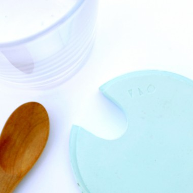 VLO design / Großes Glas mit Holzlöffel & türkisem Deckel