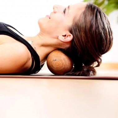 rollholz – Massagekugel aus Holz für punktuelle Behandlung – 10cm