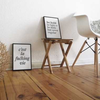Linoldruck »Be bold, be light or be italic but never regular«, gerahmt