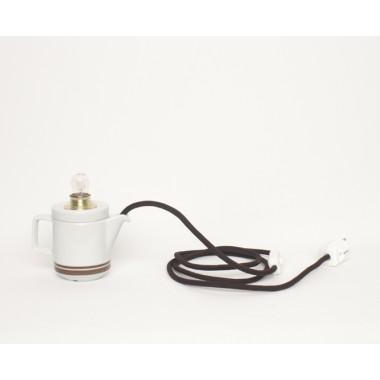 Lieselotte handgefertigte Tischlampe aus Mitropa Kännchen mit braunen Streifen