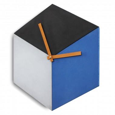 Beton-Wanduhr [cubeclock] | lautloses Uhrwerk und Holzzeiger | geometrische Optik mit drei Farben
