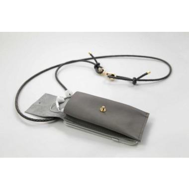 iPhone Hülle zum umhängen mit geflochtener Lederkordel und abnehmbarer Tasche, grau/gold