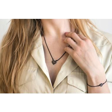 """Halskette mit Anhänger - Holz Detail - Motiv Herz - """"Apis Nox Necklace Heart"""""""