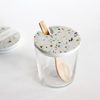 Terrazzo Zuckerdose Glas mit Holzlöffel / grau / objet vague