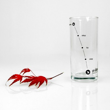 """drinkitnow Karaffenset Design """"Welle"""" rot mit Birnbaumdeckel und Stundenglas"""