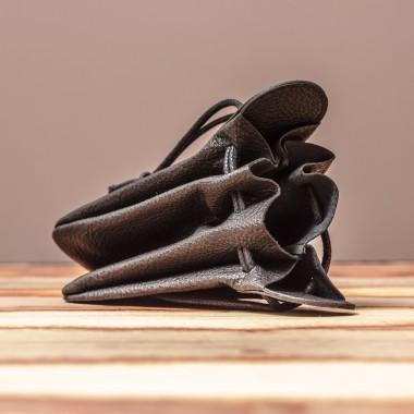 LEDERJUNGE – Klingelbeutel »VALENTIN« aus Rhabarberleder (schwarz)