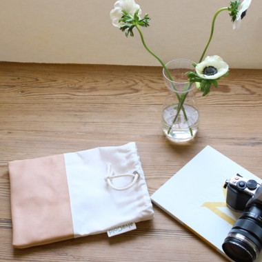alvaGold Leni Recyclingtasche  aus wiederverwendetem Markisentuch/Leder (weiß)