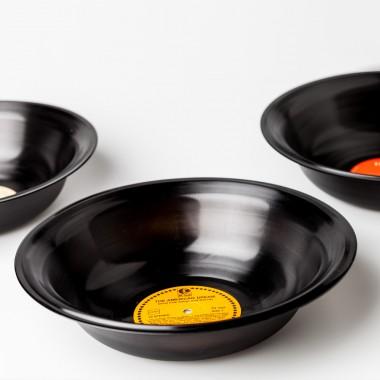 Lockengelöt Plattenteller - Schale aus einer Schallplatte