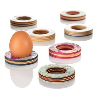 Eierbecher aus recycelten Skateboards