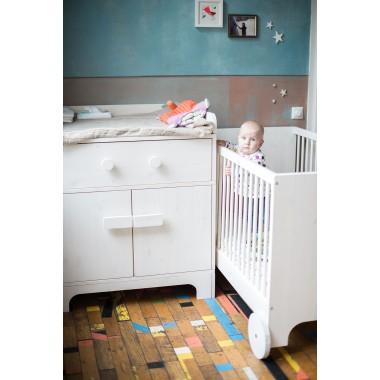 Baby- und Kinderbett Lumy zum Mitwachsen in weiss
