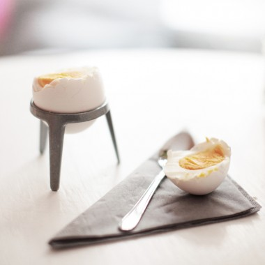 rocket - Design Eierbecher aus Metall (4er Set natur)